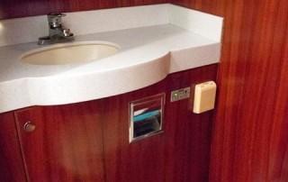 Le Tara toilet